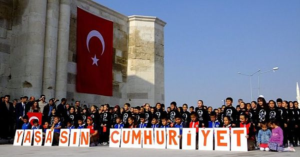 Sultanhanı ilçesinde 29 Ekim Cumhuriyet Bayramı(2019)