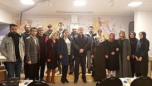 AKSARAY'DA AMATÖR YAZARLAR ASÜ REKTÖR'Ü ŞAHİN'İ MİSAFİR ETTİ