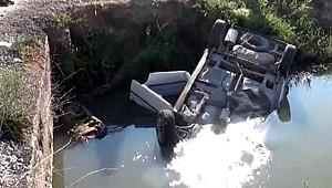 Virajı alamayan sürücü otomobille kanala düştü, boğularak hayatını kaybetti